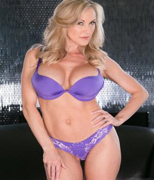 Foto sexy con la pornostar Brandi Love